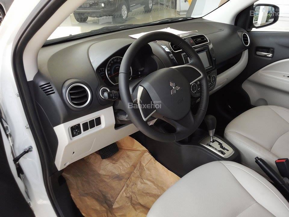 Cần bán xe Mitsubishi Attrage đời 2015, màu trắng, nhập khẩu Thái Lan, giá tốt nhất TPHCM-5