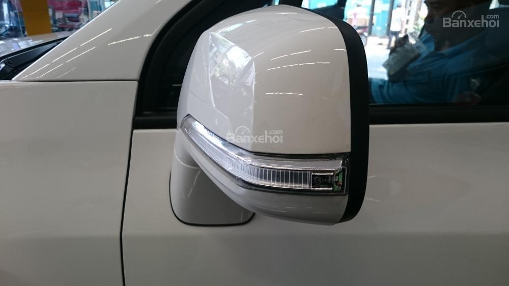 Bán xe Chevrolet Orlando 1.8 LTZ- AT sản xuất 2015, màu trắng - Người bạn tin cậy của gia đình-6
