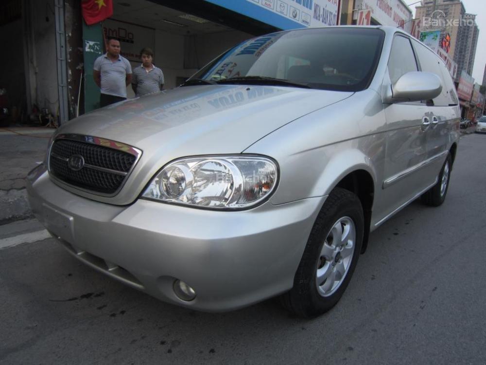 Cần bán lại xe Kia Carnival đời 2009 số tự động-2