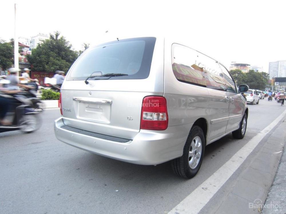 Cần bán lại xe Kia Carnival đời 2009 số tự động-7