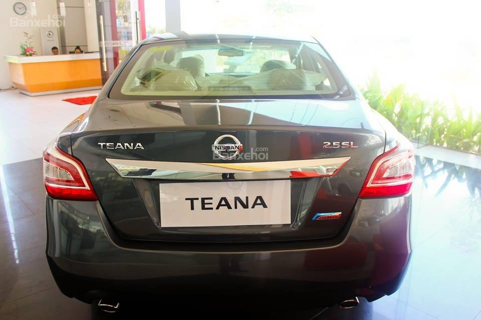 Bán xe Nissan Teana 2015, màu đen thiết kế đẹp-9