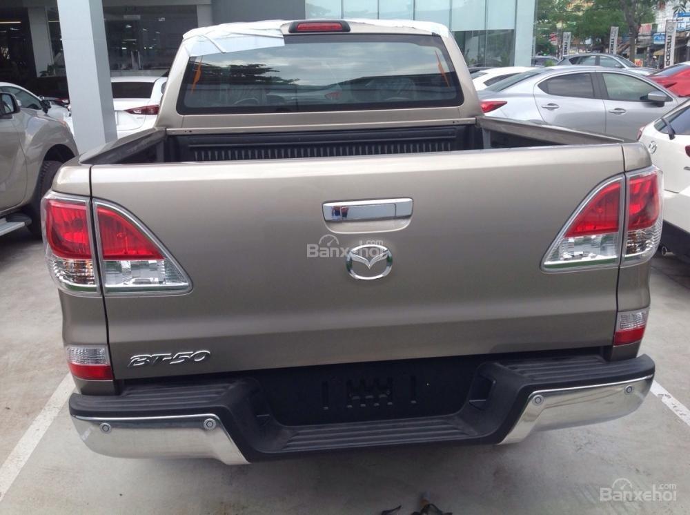 Cần bán Mazda BT 50 MT 4x4 đời 2015, nhập khẩu nguyên chiếc giá 649 triệu-4