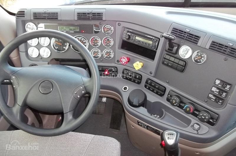 Bán xe đầu kéo Mỹ Freightliner Cascadia 2012 màu trắng, xe nhập nguyên chiếc -3