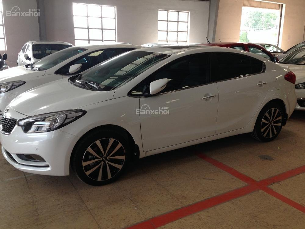 Bán ô tô Kia K3 1.6 đời 2015, màu trắng, giá chỉ 657 triệu, hỗ trợ trả góp 70% giá trị xe-3