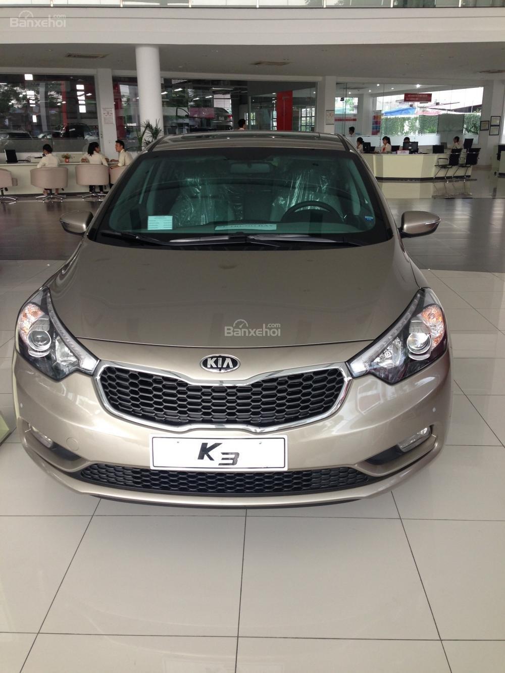 Bán Kia K3 1.6 đời 2015, màu vàng giá cạnh tranh, hỗ trợ trả góp 70% giá trị xe-1