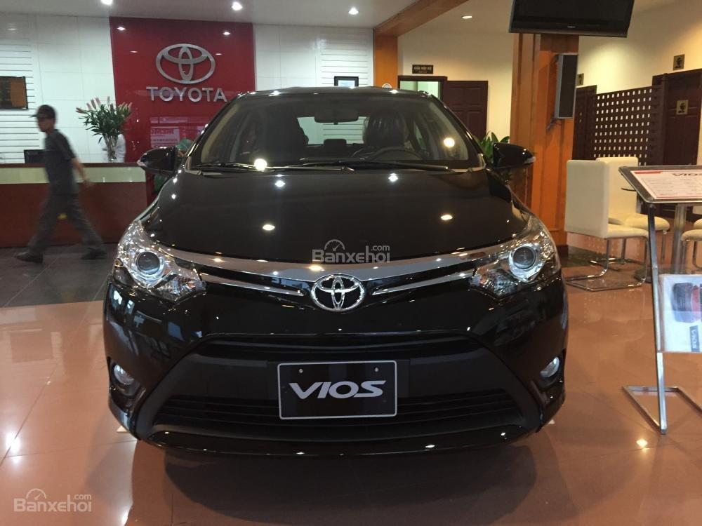 Cần bán Toyota Vios 1.5J sản xuất 2015, màu đen-2