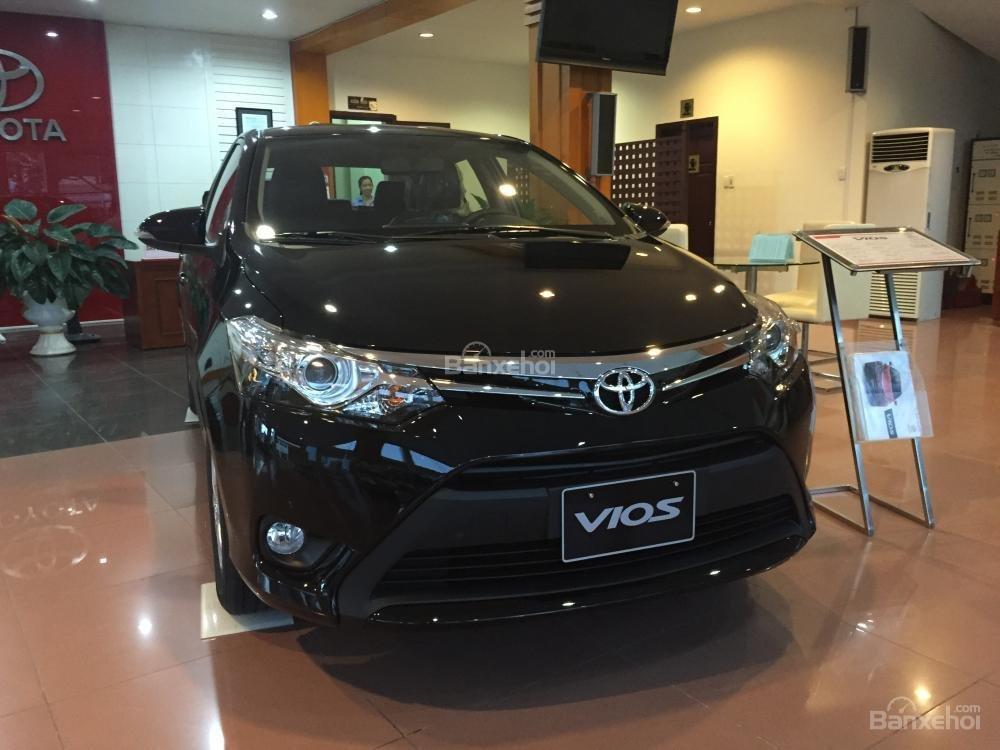 Cần bán Toyota Vios 1.5J sản xuất 2015, màu đen-3