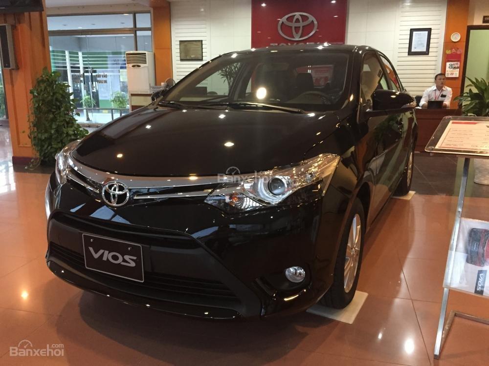 Cần bán Toyota Vios 1.5J sản xuất 2015, màu đen-4