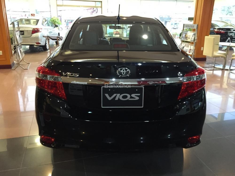 Cần bán Toyota Vios 1.5J sản xuất 2015, màu đen-10