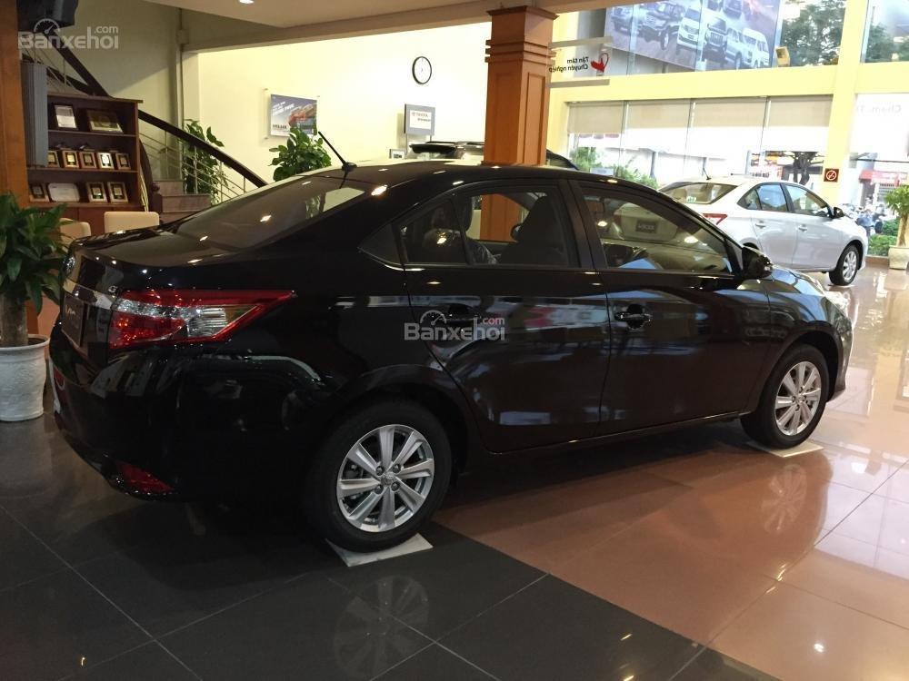 Cần bán Toyota Vios 1.5J sản xuất 2015, màu đen-12
