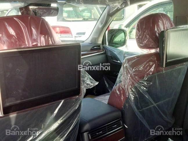 Cần bán xe Lexus LX năm 2015, xe nhập màu bạc-5