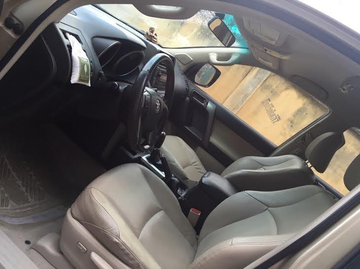 Chính chủ cần bán xe Toyota Prado TXL đời 2011 - 1.680 tỷ tại quận 2, TP Hồ Chí Minh-4