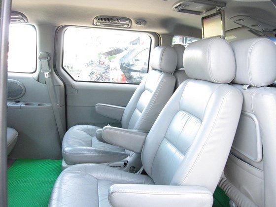 Cần bán Kia Carnival đời 2006, màu bạc, nhập khẩu chính hãng, như mới, giá 298tr-7