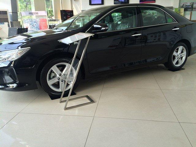 Xe Toyota Camry sản xuất 2015, màu đen, xe nhập cần bán-2