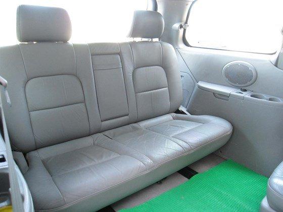 Cần bán Kia Carnival đời 2006, màu bạc, nhập khẩu chính hãng, như mới, giá 298tr-9