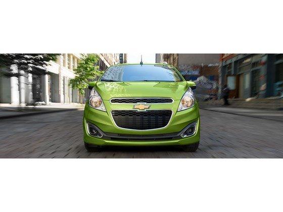 Chevrolet Giải Phóng bán xe Chevrolet spark. Giá cả cạnh tranh, ưu đãi lớn nhanh tay liên hệ-0