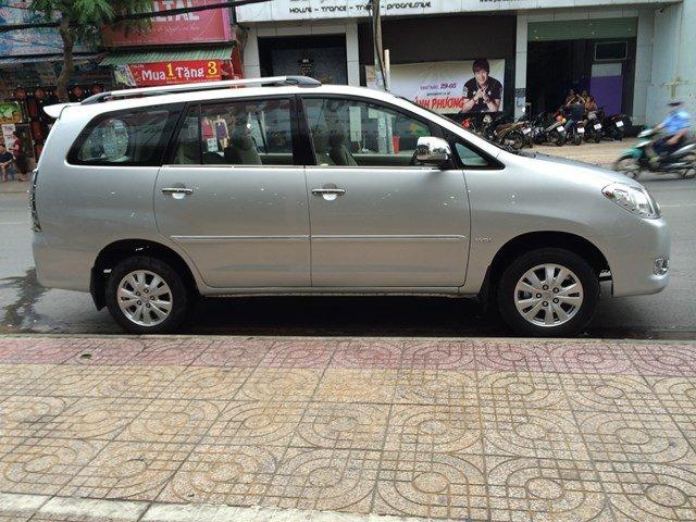 Innova G đời 2008, đăng ký 03/2009, màu ghi bạc, xe đẹp biển số thành phố HCM-1