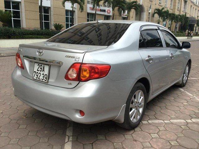Cần bán gấp xe Toyota Corolla đời 2008, màu bạc, nhập khẩu nguyên chiếc, chính chủ-2