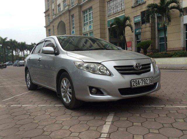 Cần bán gấp xe Toyota Corolla đời 2008, màu bạc, nhập khẩu nguyên chiếc, chính chủ-0