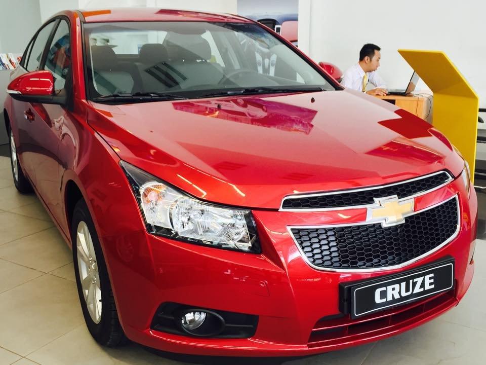 Bán xe Chevrolet Cruze LS năm 2015, màu đỏ-0