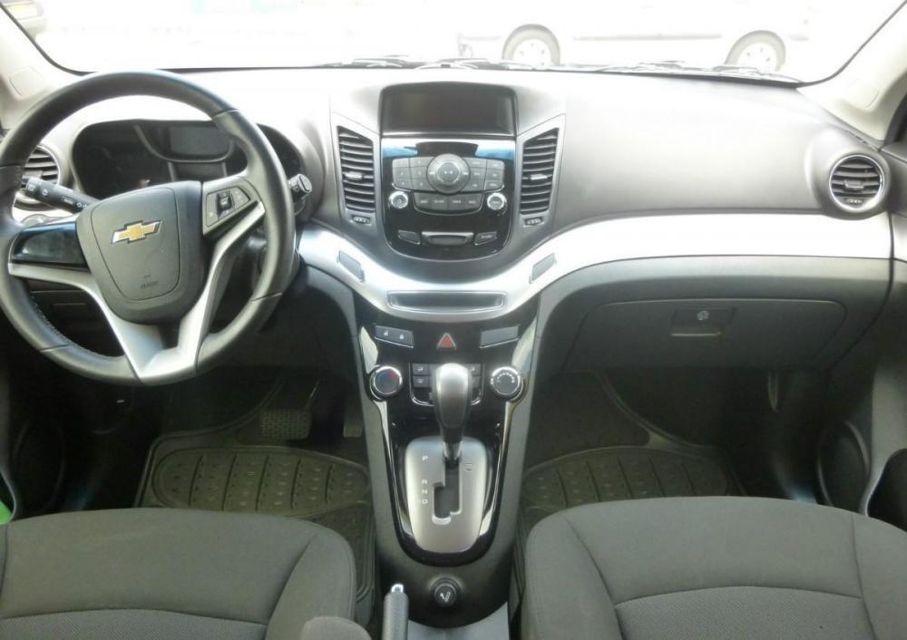 Khuyến mãi tiền mặt và phụ kiện xe Chevrolet Orlando số tự động lên đến 43.000.000đ-4