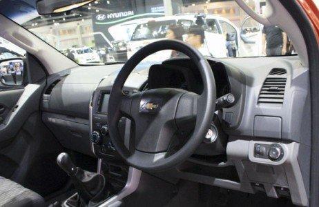 Pickup Chevrolet Colorado Sport Edition mang đến cảm giác vận hành êm ái và không gian tiện nghi-2