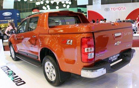 Pickup Chevrolet Colorado Sport Edition mang đến cảm giác vận hành êm ái và không gian tiện nghi-1