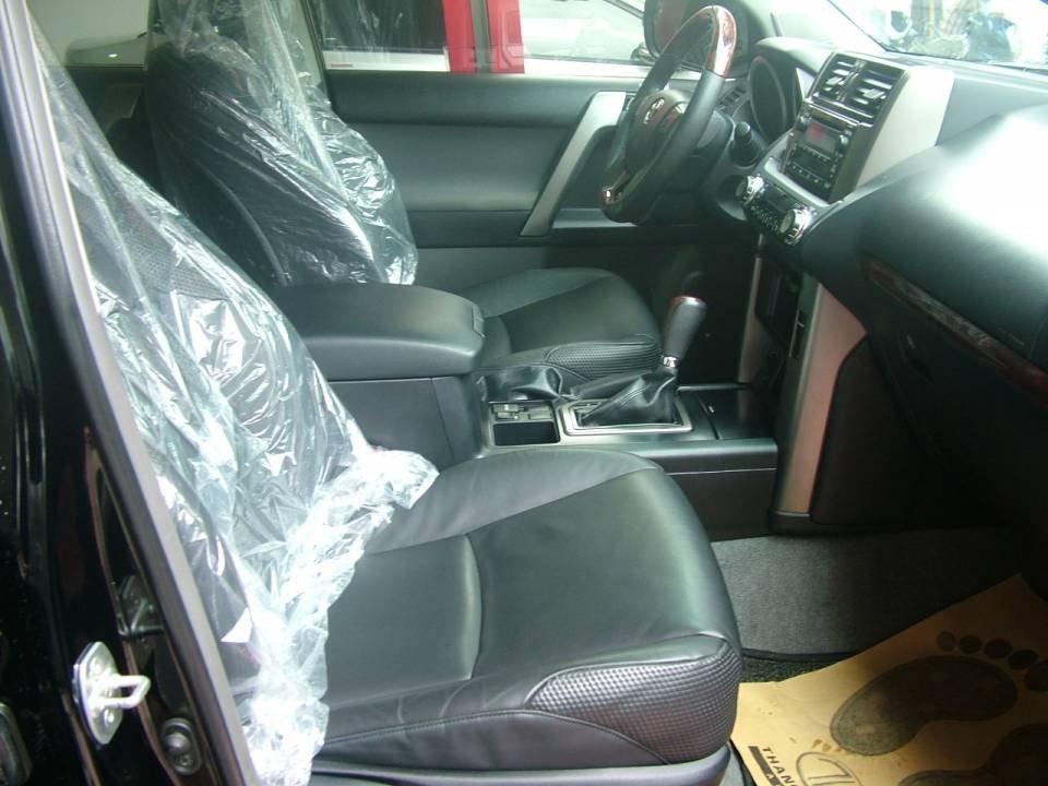 Xe Toyota Prado đời 2011, màu đen, nhập khẩu nguyên chiếc-4