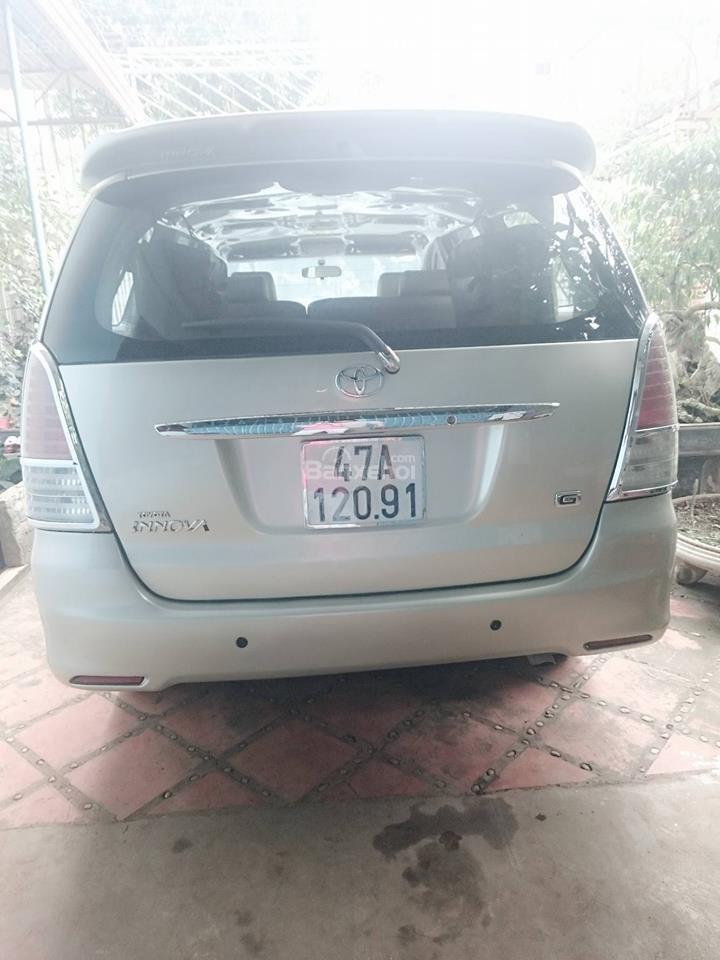 Cần bán lại xe Toyota Innova G đời 2008, màu bạc còn mới-7