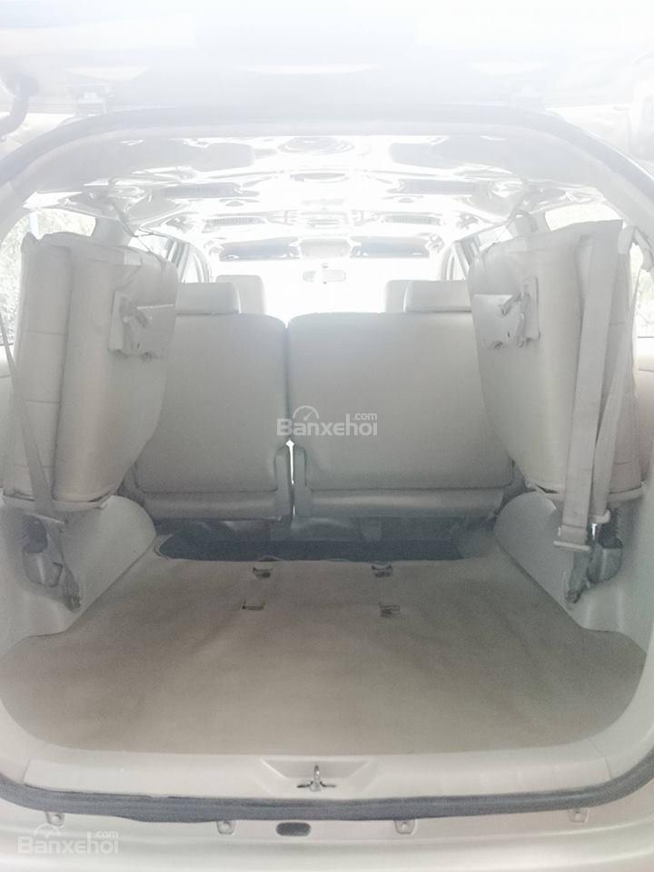 Cần bán lại xe Toyota Innova G đời 2008, màu bạc còn mới-8