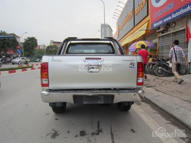 Bán xe Toyota Hilux đời 2010, màu ghi vàng, nhập khẩu Thái Lan-6