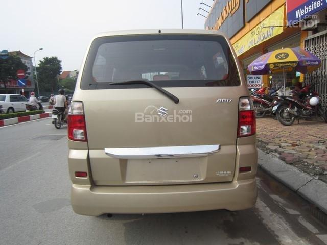 Cần bán xe Suzuki APV đời 2010, màu vàng cát số sàn-7