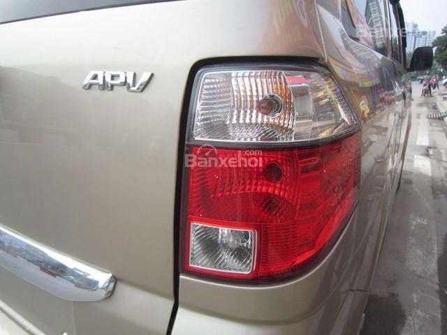 Cần bán xe Suzuki APV đời 2010, màu vàng cát số sàn-9