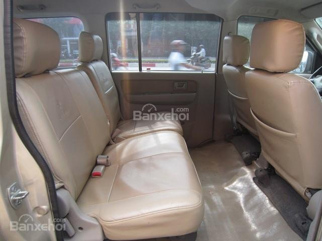 Cần bán xe Suzuki APV đời 2010, màu vàng cát số sàn-10