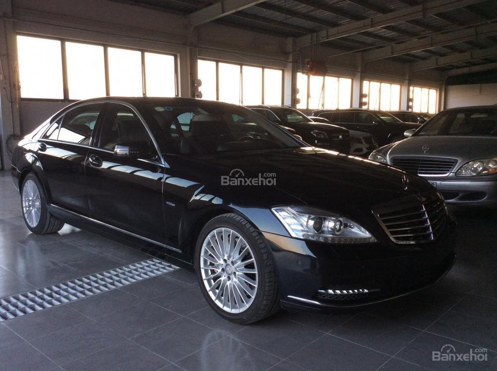 Cần bán xe Mercedes S500 đời 2011, màu đen, nhập khẩu-2