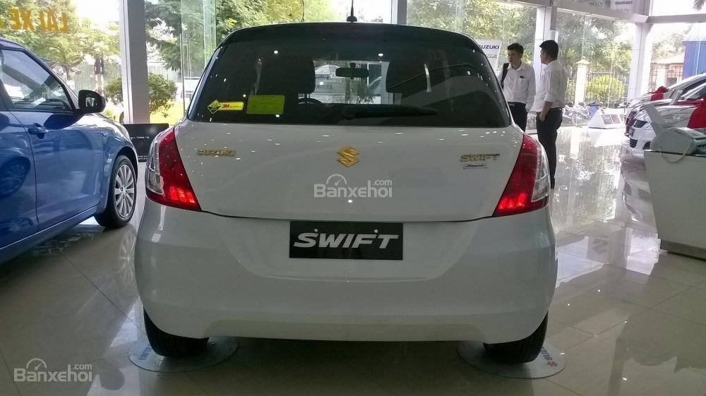 Bán Suzuki Swift đời 2015, màu trắng  0906031699-3