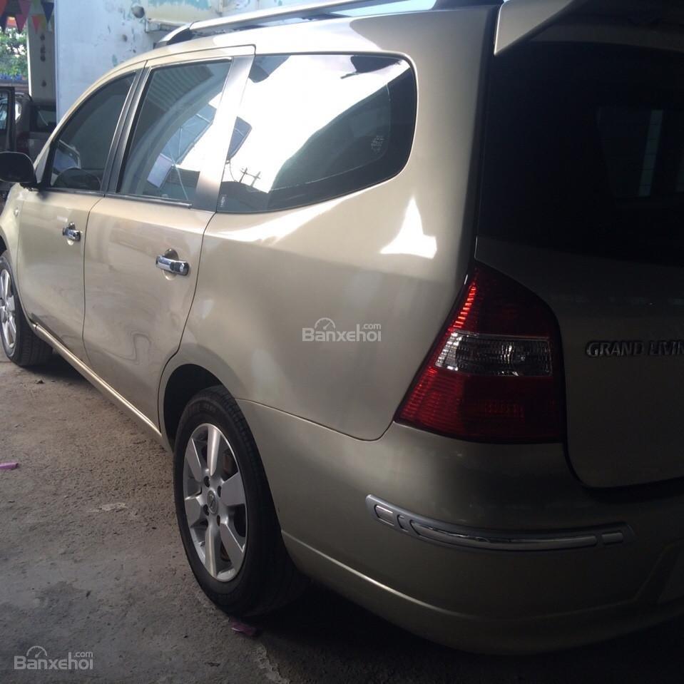 Bán xe Nissan Grand Livina 2011 AT,485 triệu-1