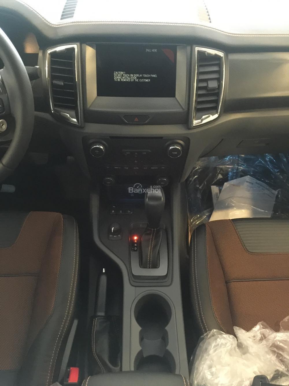 Cần bán Ford Ranger Wildtrak 2015, giá cạnh tranh nhất, đủ màu, đủ phiên bản, giao xe ngay L/H 0946 48 83 83-4