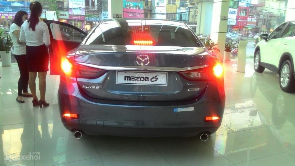 Cần bán Mazda 6 2.5L 2015, màu trắng, giá tốt nơi, giá rẻ-5