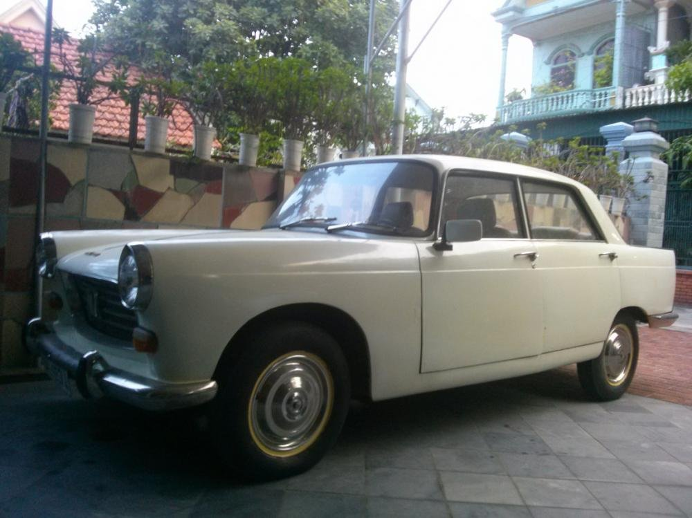 Bán ô tô Peugeot 404 năm 1963, màu trắng, nhập khẩu chính hãng, 100 triệu-0