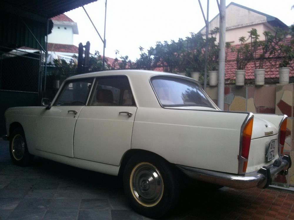 Bán ô tô Peugeot 404 năm 1963, màu trắng, nhập khẩu chính hãng, 100 triệu-2