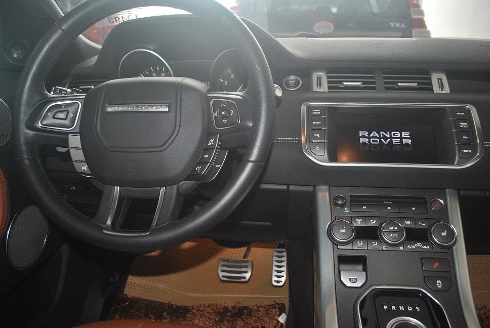 Cần bán xe LandRover Range Rover năm 2014, màu đen, xe nhập, chính chủ-5