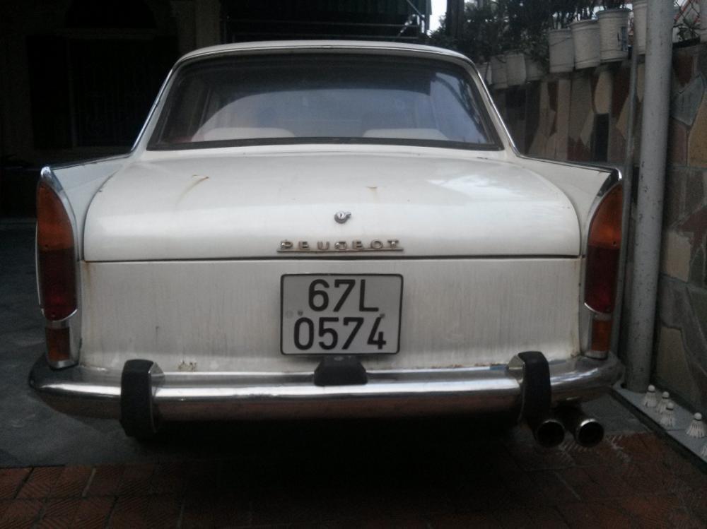 Bán ô tô Peugeot 404 năm 1963, màu trắng, nhập khẩu chính hãng, 100 triệu-3