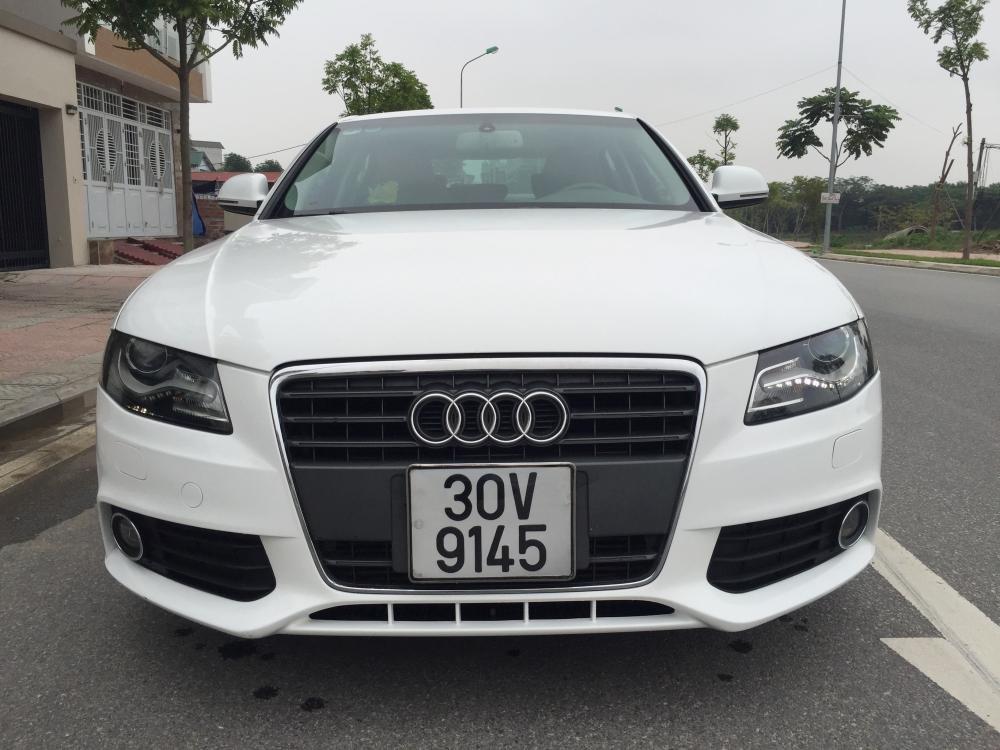 Cần bán gấp Audi A4 đời 2009, màu trắng, nhập khẩu nguyên chiếc, số tự động -1