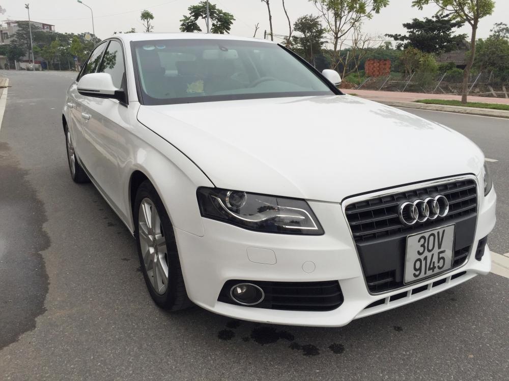 Cần bán gấp Audi A4 đời 2009, màu trắng, nhập khẩu nguyên chiếc, số tự động -2