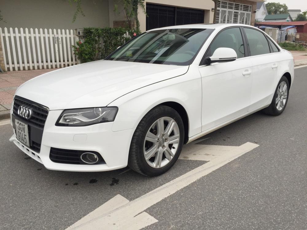 Cần bán gấp Audi A4 đời 2009, màu trắng, nhập khẩu nguyên chiếc, số tự động -3