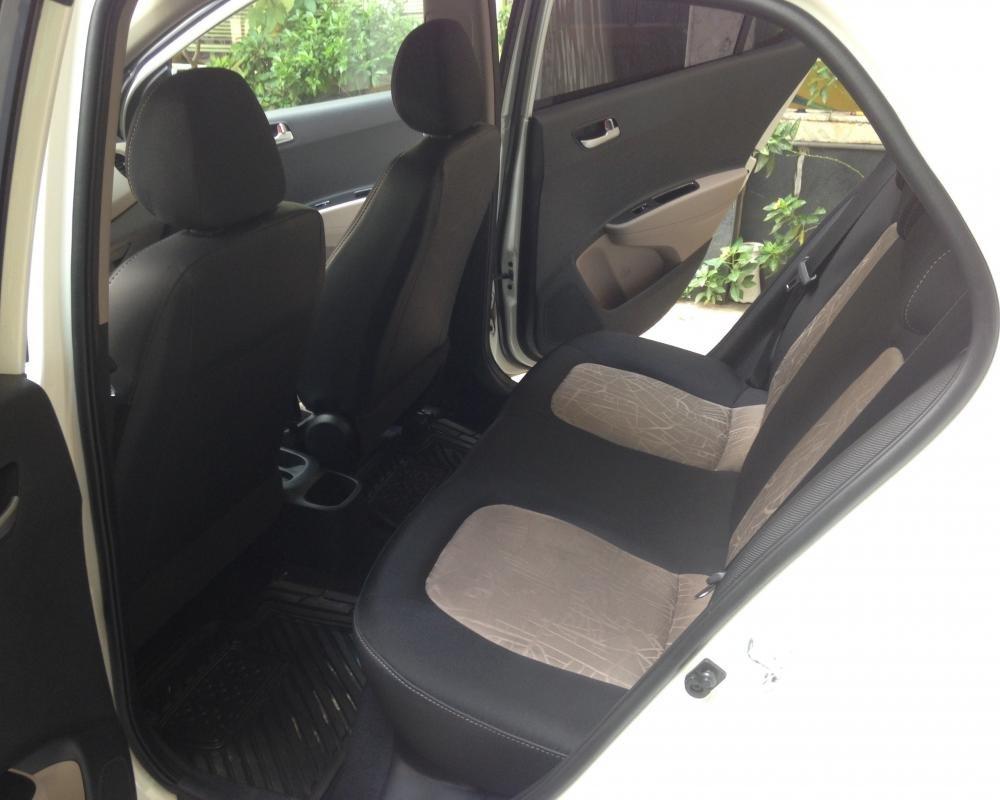 Cần bán lại xe Hyundai i10 đời 2015, màu trắng, nhập khẩu chính hãng-9