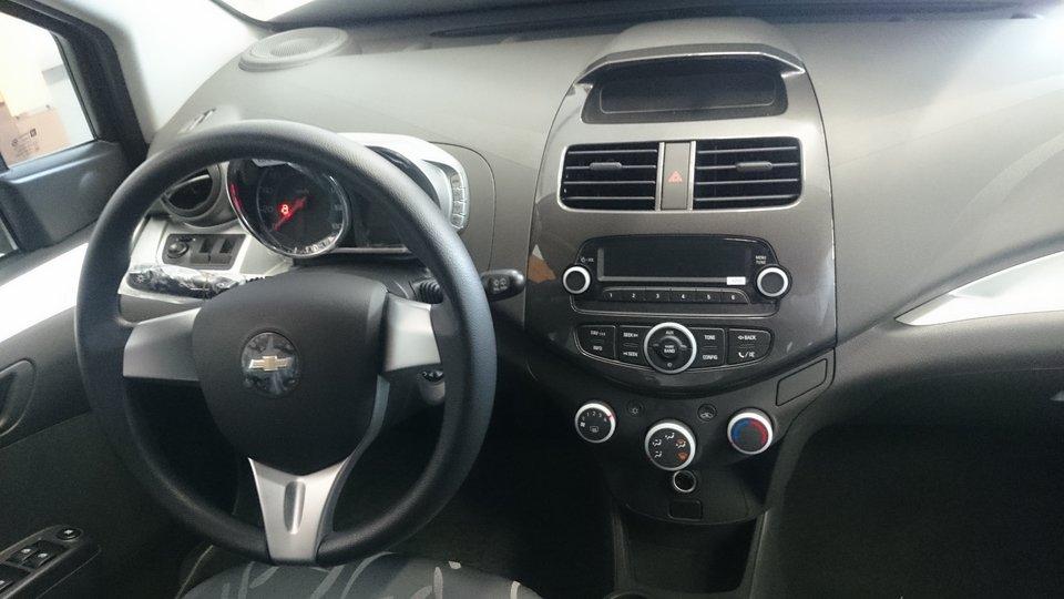 Bán ô tô Chevrolet Spark đời 2015, 329tr xe đẹp-5