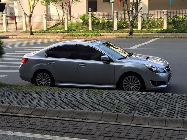 Bán ô tô Subaru Legacy đời 2011, màu xám, xe nhập-0
