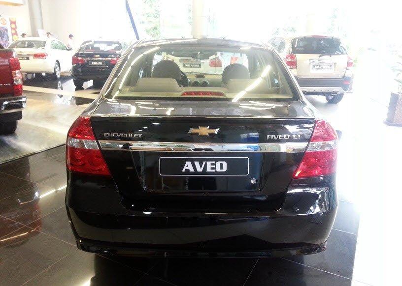 Bán xe Chevrolet Aveo đời 2015 xe màu đen đẹp nguyên bản-4
